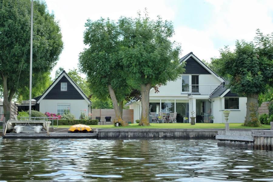 Bouw woningen aan het water